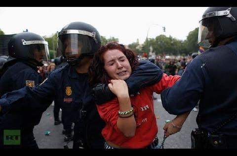 img_2986_madrid-spain-riots-police-beat-up-protesters-outside-congress-crazy-footage-of-night-violence